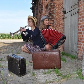 Astrid & Sofie